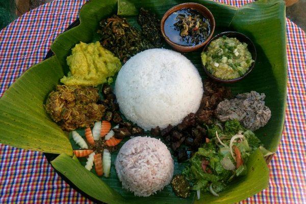 Tasty Burmese Food In Loikaw